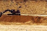 ...лет занимаемся продажей песка и предоставлением услуг по его доставке...