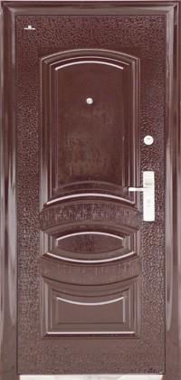 Резиновое уплотнение на коробе и полотне двери.